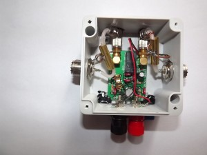 W7IUV preamplifier open in a weatherproof housing